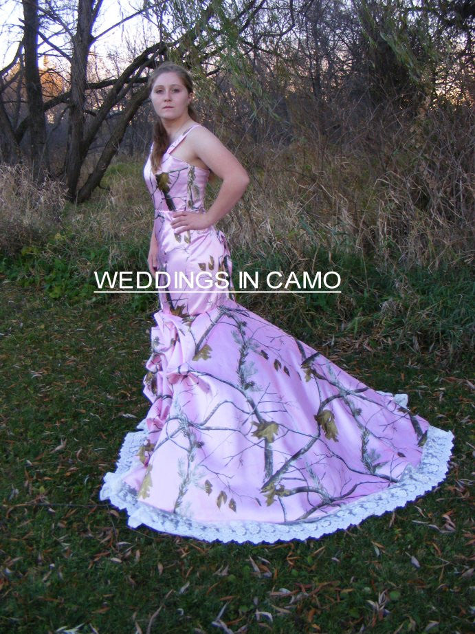 57e2a2573ee CAMO WEDDING Dress+ fitted style+CORSET back+ Flare bottom and train sizes  2 to 14