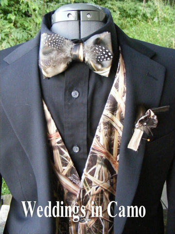 CAMO Bowties with feathers all COLORS+camo bow ties+mens camo tie