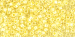 cc770 - perles Toho treasure 11/0 Inside color crystal opaque yellow lined (5g) - LaMercerieDesCopines