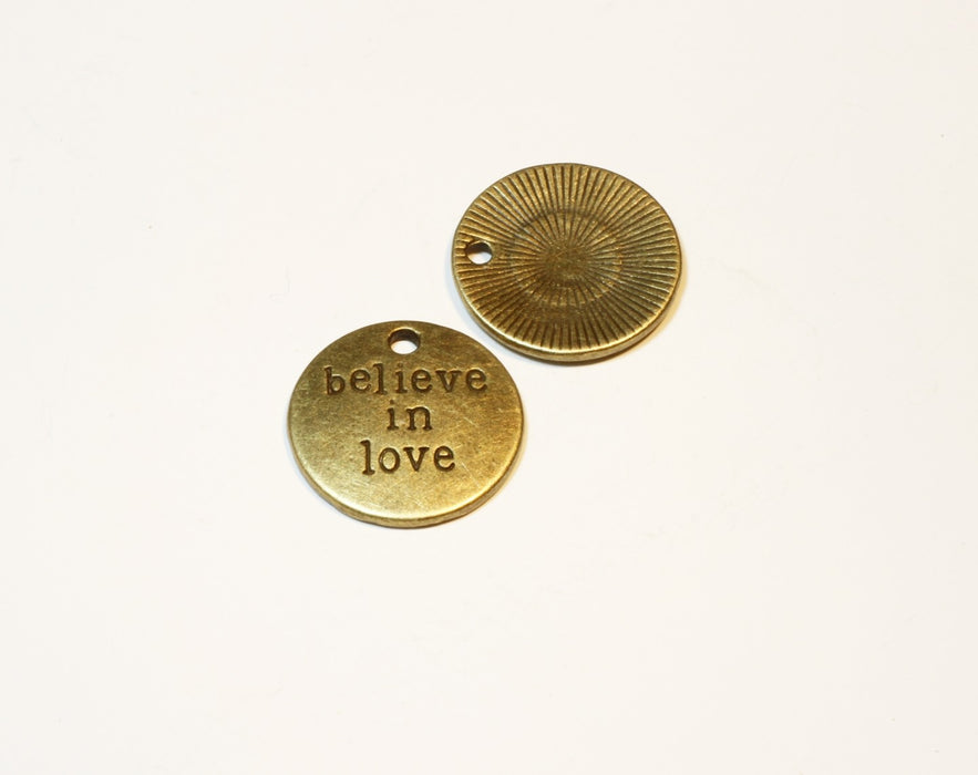 "Breloque "" Believe In Love"" - Bronze - 20mm - LaMercerieDesCopines"