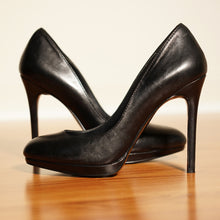 Load image into Gallery viewer, Aldo Black High Heel Pumps (Size 7 Only)
