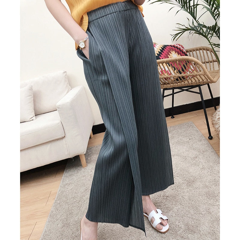 LANMREM loose pleated pants