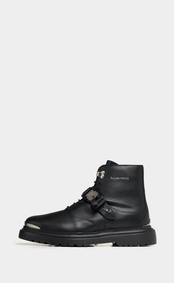 Waspy Dress Up Boot Black