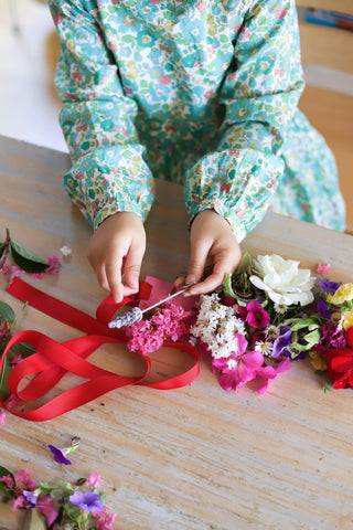 Make a flower crown for kids