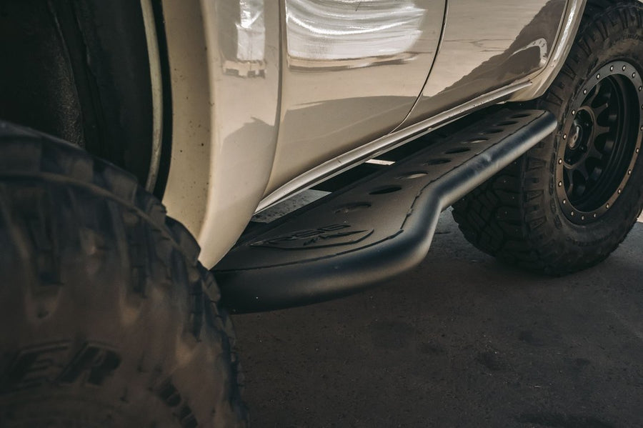 2003 - 2009 Toyota 4Runner Angled Sliders With Top Plate