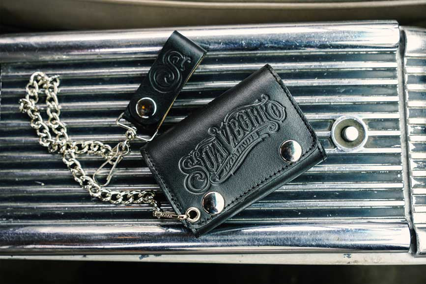Center-Console---Tri-Folding-Chain-Wallet---Black---Suavecito-Pomade