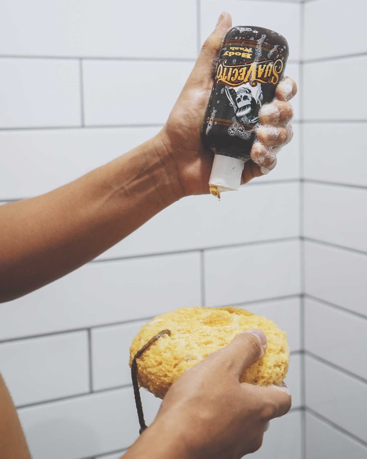 In-Hand---3----Body-Wash---Suavecito-Pomade
