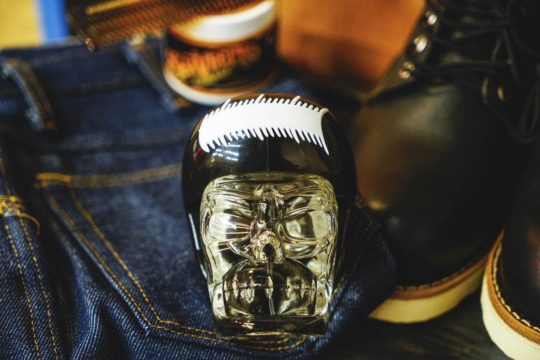 Oscuro Cologne Working Man Suavecito Pomade