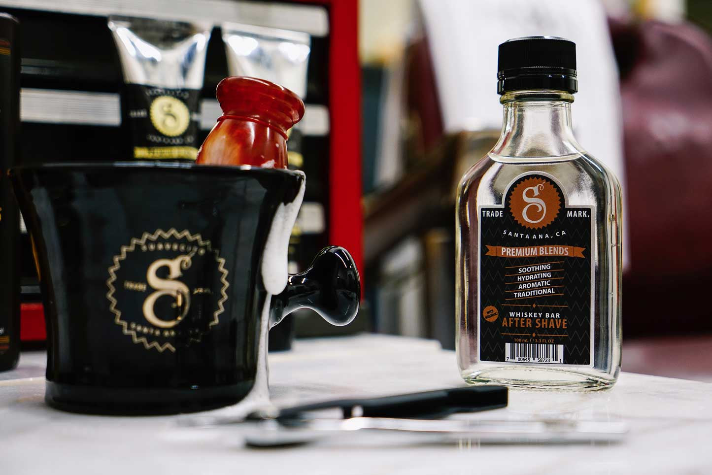 Whiskey-Bar---Shave---Aftershave---Suavecito-Premium