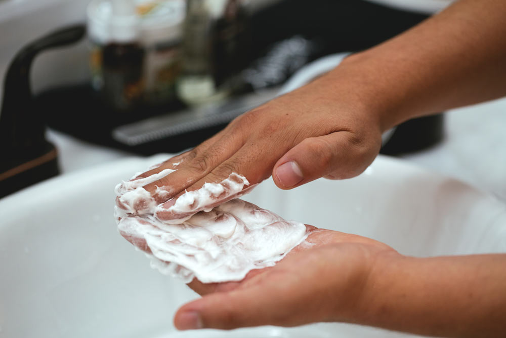 Preparing shaving cream for application in hands