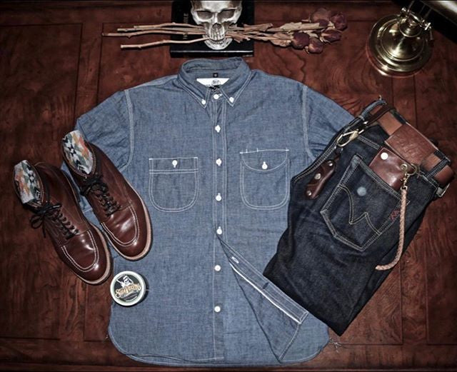 _seandoyle_ attire with suavecito pomade can and menstyle clothing