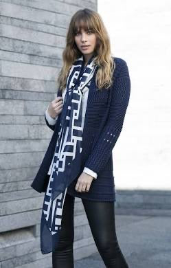 Marble navy/white scarf