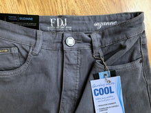 Load image into Gallery viewer, FDJ: Charcoal straight Denim : Suzanne