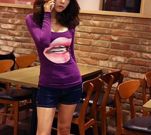 "Women Long Sleeve ""Juicy Lips"" Scoop Neck Top [Purple]"