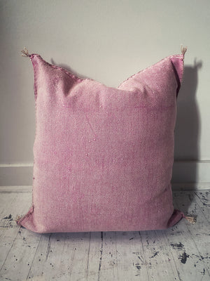 Amazigh Pillow - Soft Pink