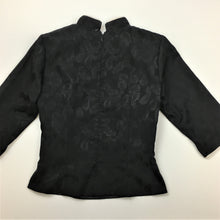Load image into Gallery viewer, Vintage Asian Inspired silk top