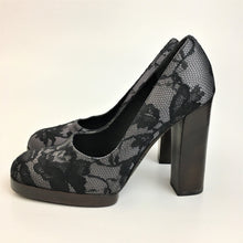 Load image into Gallery viewer, Lacey gucci pumps