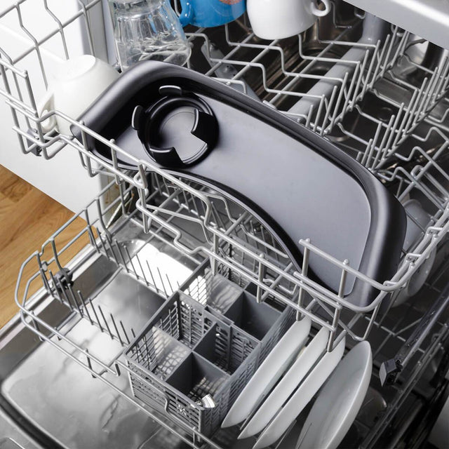 phil&teds food tray placed in the dishwasher_black