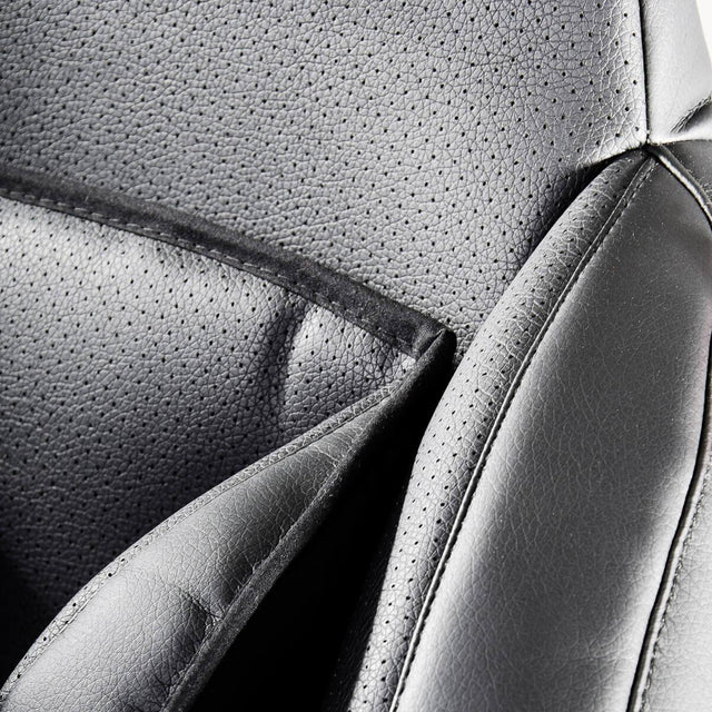 phil&teds evolution car seat close up view_black
