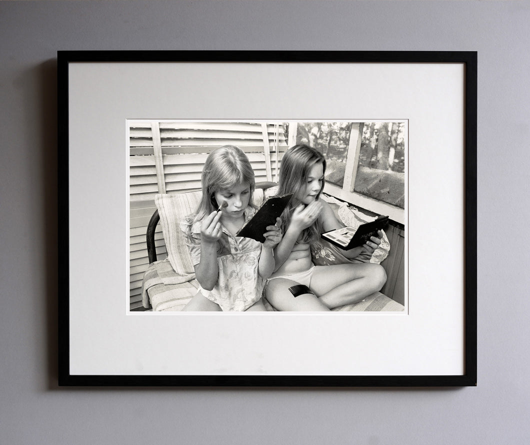 Alpin and Dana in the loft making up, 1977 - Framed Print