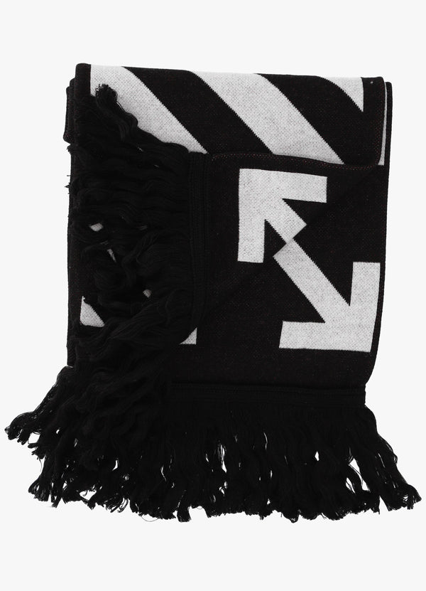 Off-White Arrows Scarf OMMA001 R21KNI002