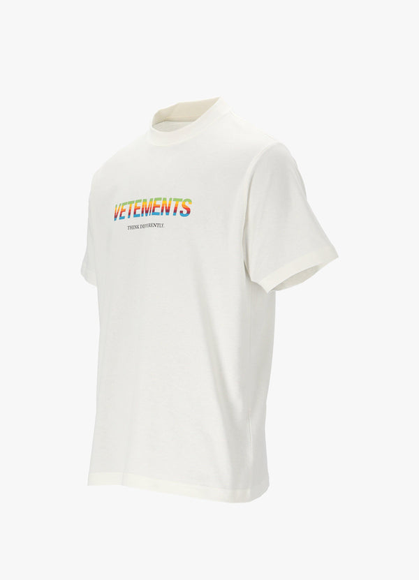 VETEMENTS THINK DIFFERENTLY T - SHIRT