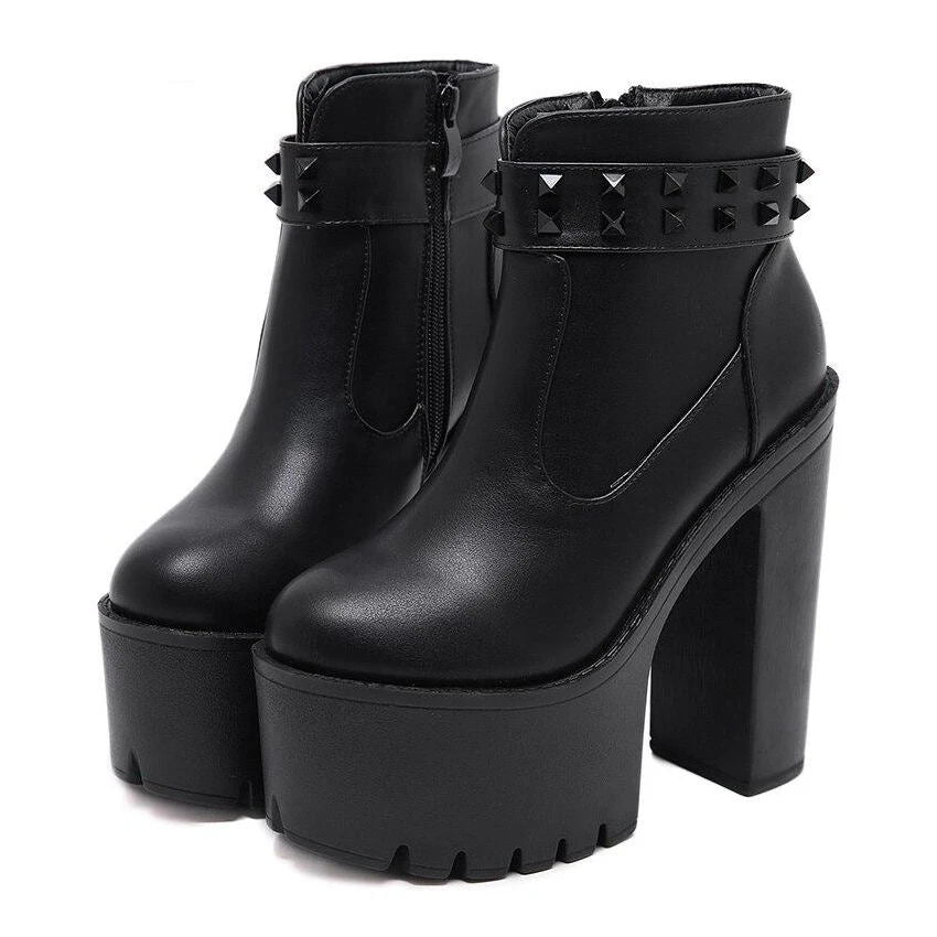 Bestkawaii-Rivets-Ankle-Boots