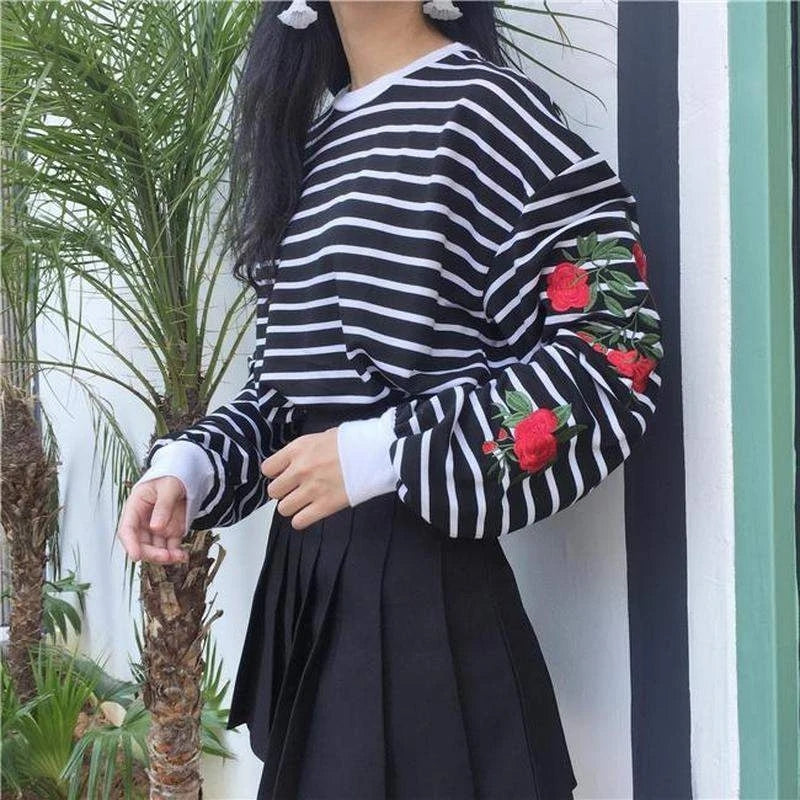 Best Kawaii - Flower Bomb Sweater