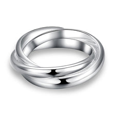 18K White Gold Plated Interlocking Band Ring - Rewards Bonanza