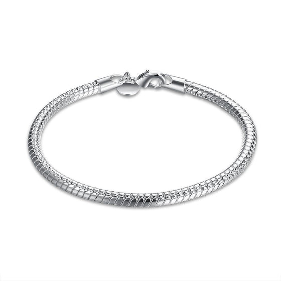 Silver Sleek New York Bracelet - Rewards Bonanza