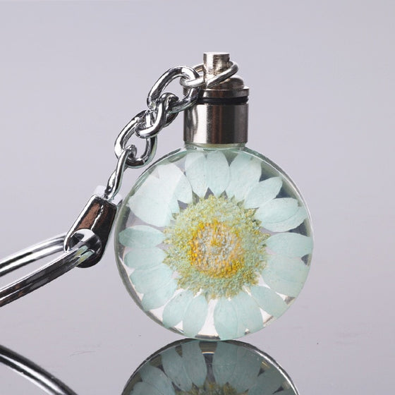 Luyun Small fresh dried flower keychain round crystal glass key chain key ring Wholesale - Rewards Bonanza