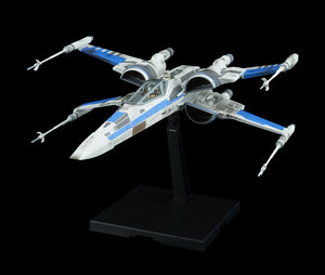 Bandai Star Wars The Last Jedi Blue Squadron Resistance X-Wing Fighter (Model Kit)