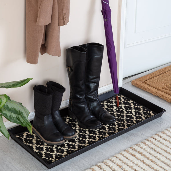 Metal Boot Tray - Madagascar (005)
