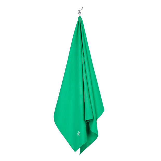 microfiber travel towels green microfiber towel hanging