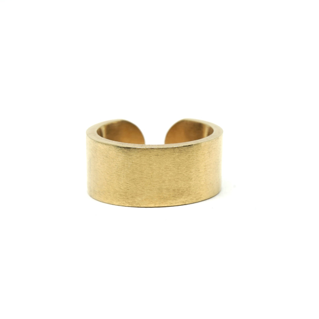 CUNT RING: 18-Karat Gold