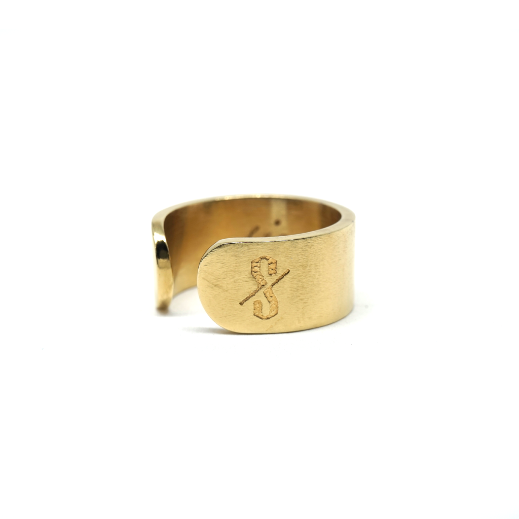 SINNER RING: Matte 18-Karat Gold