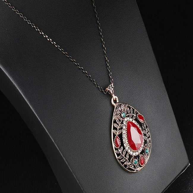 Vintage Pendant Necklace Hollow Leaf Red Gemstone Water Drop