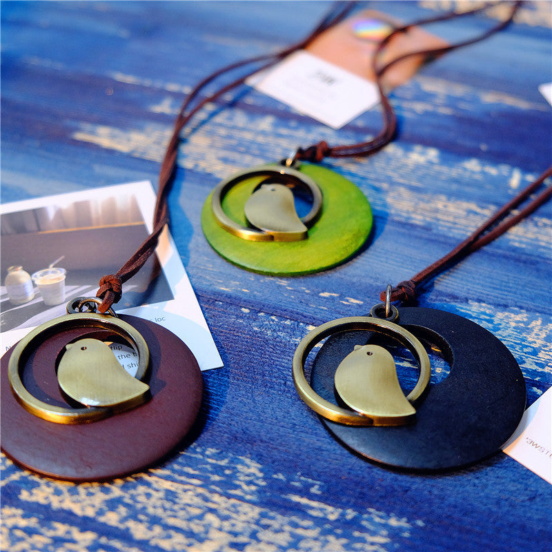 Vintage Round Wood Plate Pendant Necklaces