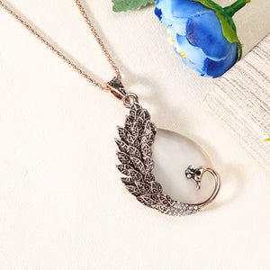 Retro Opal Crystal Peacock Feather Women Pendant Necklace