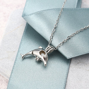 Retro Pearl Necklace Cute Fashion High Polished Dolphin Pendant Chain Jewelry for Women Men Gift (Silver)