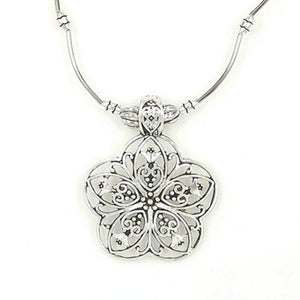 Ethnic Tibetan Hollow Flower Pendant Antique Silver Necklace (Antique Silver)