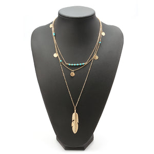 Retro Leaf Pendant Green Beaded Neckalce Elegant Gold Chain for Women