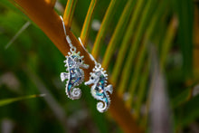 Carregar imagem no visualizador da galeria, Seahorse Earrings