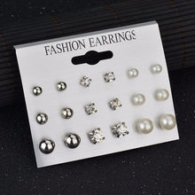 Load image into Gallery viewer, Pack of Earrings