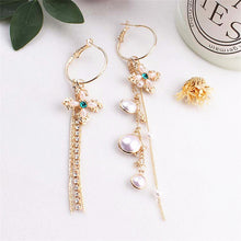 Load image into Gallery viewer, Butterfly Imitation Pearl Earrings