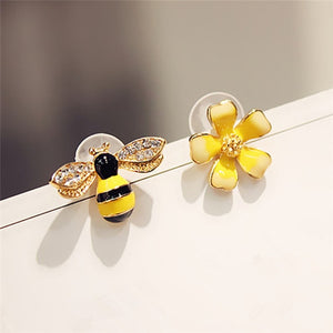 Butterfly Imitation Pearl Earrings