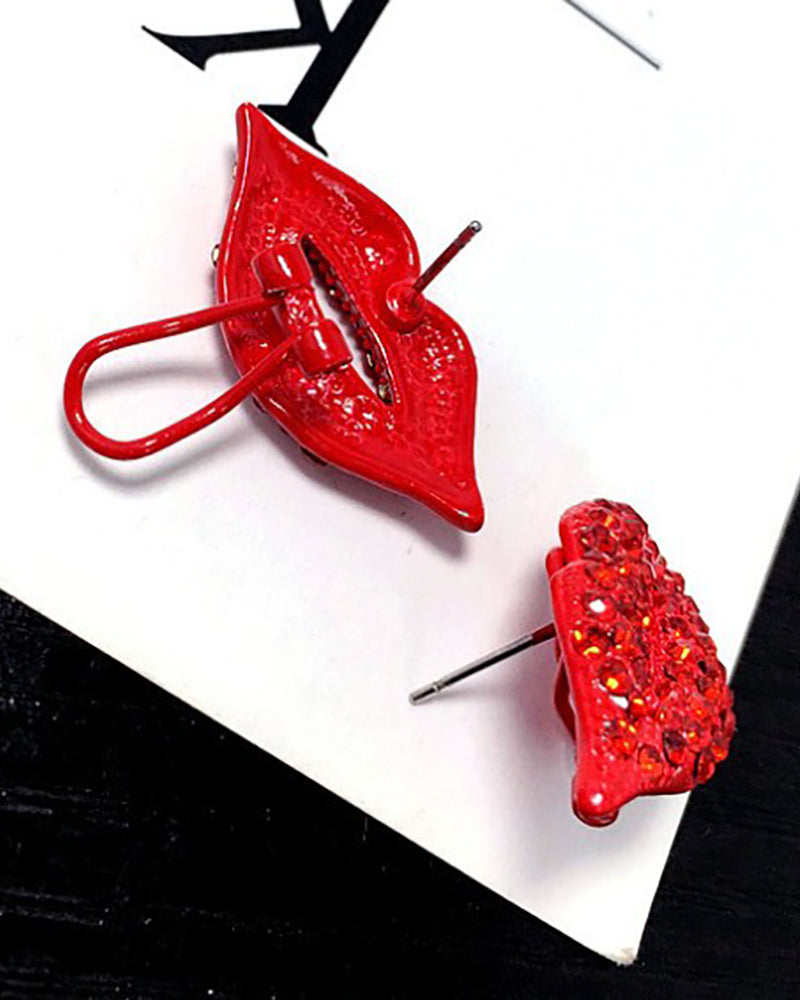 Studded Lip Pattern Earrings