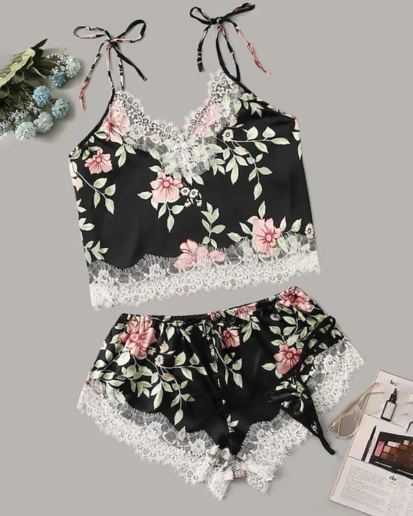 Floral Print Eyelash Lace Trim Satin Cami Set