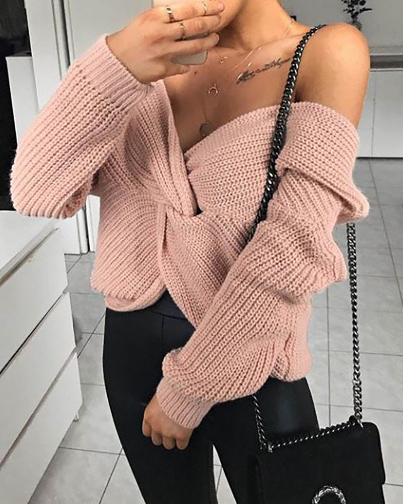 Cold Shoulder Twisted Knitted Sweater