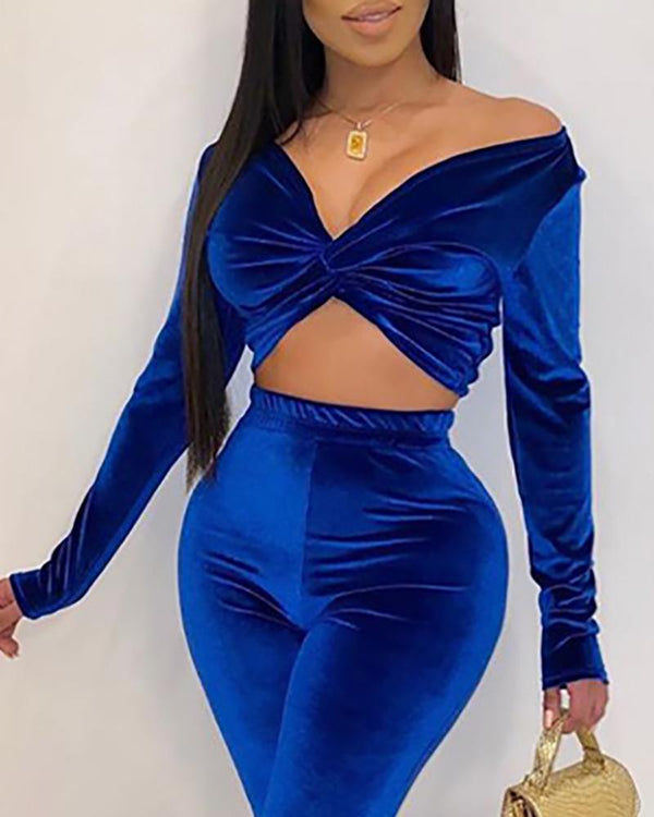 Solid Off Shoulder Twisted Crop Top &Pants Sets
